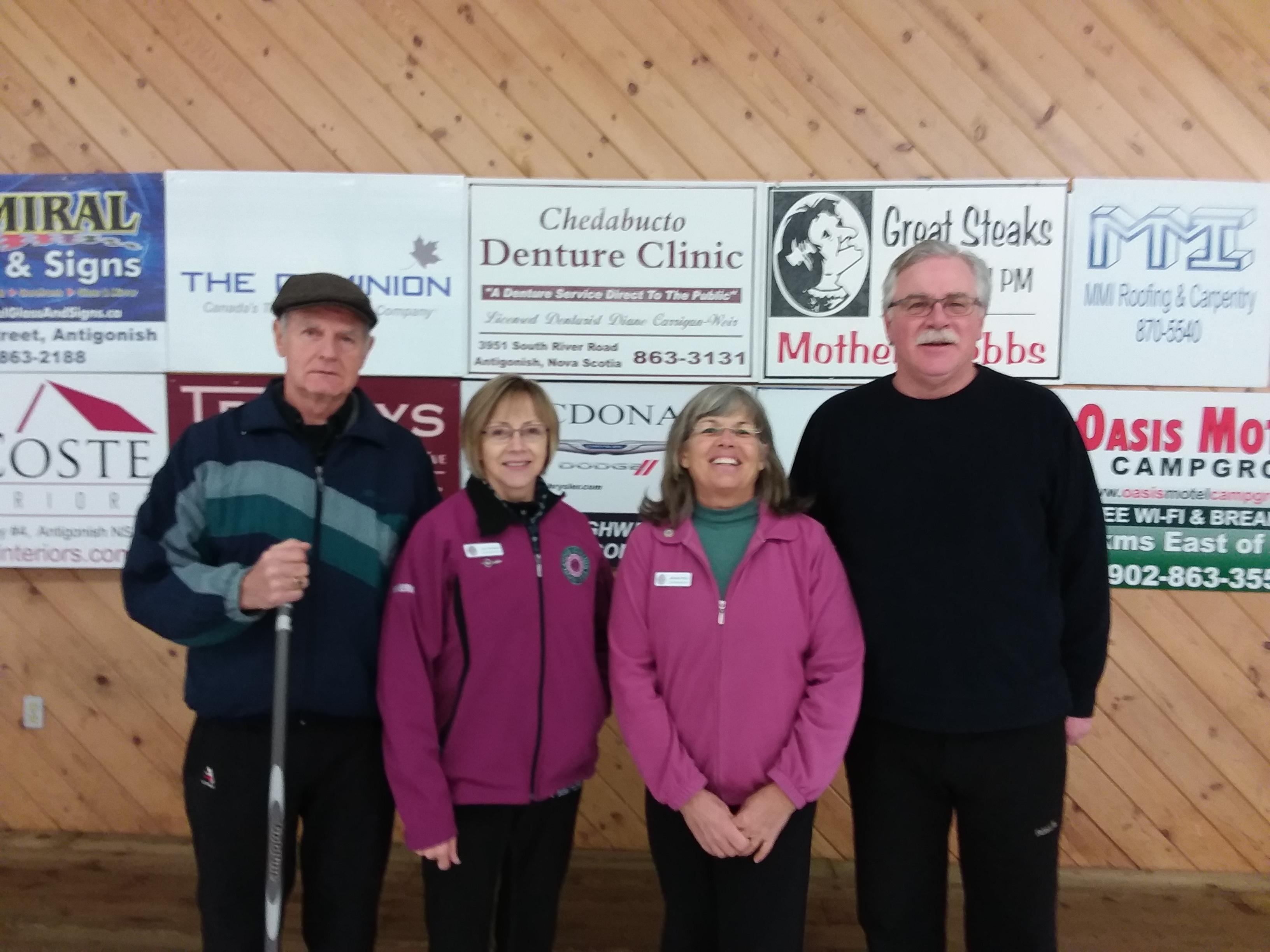 Tuesday Seniors First place winners L -R : Leo Van Berkel, Joyce Van Berkel, Michelle Reid, Steve Reid