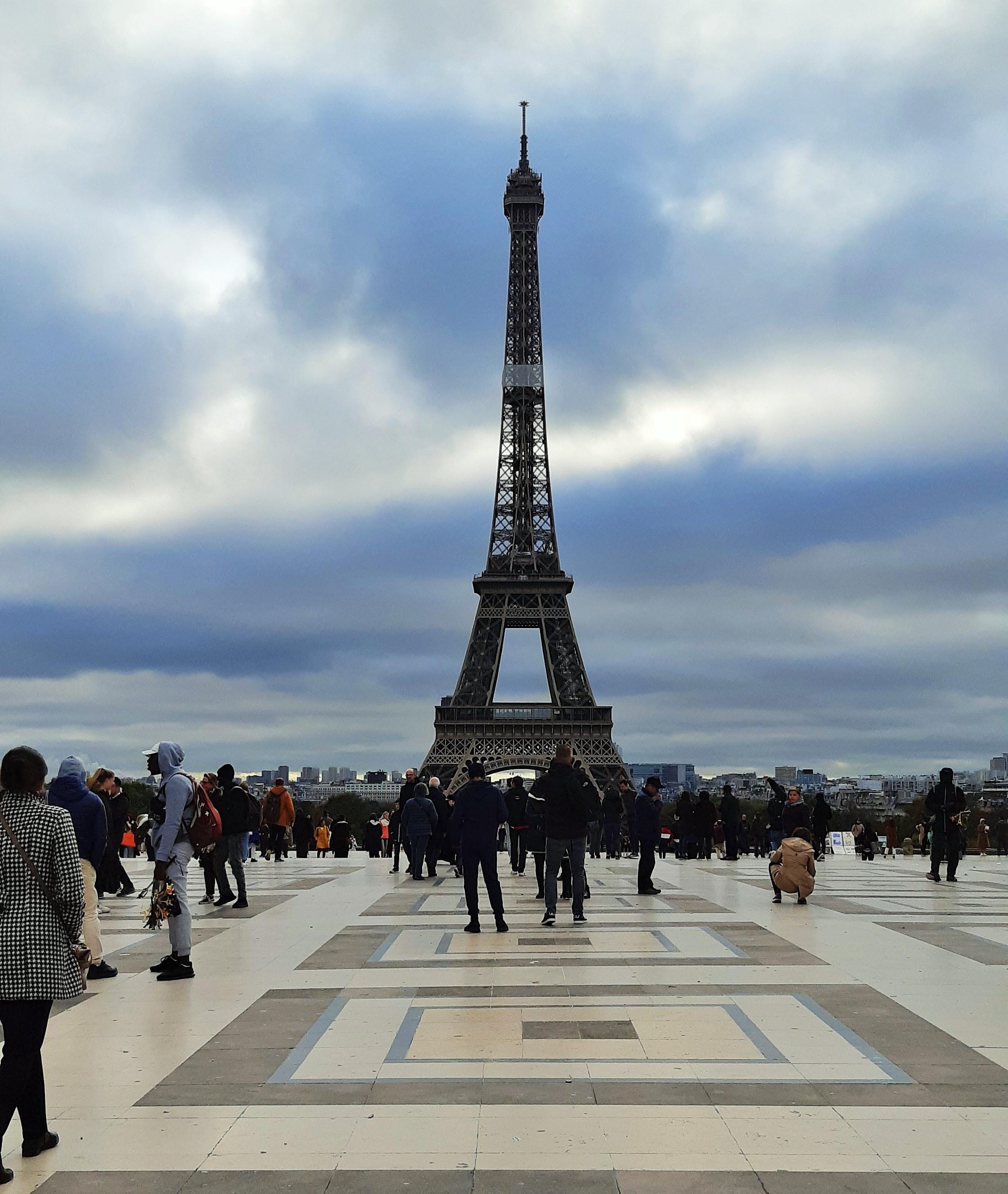 https://0901.nccdn.net/4_2/000/000/008/486/Trocadero---2-2240x2652.jpg