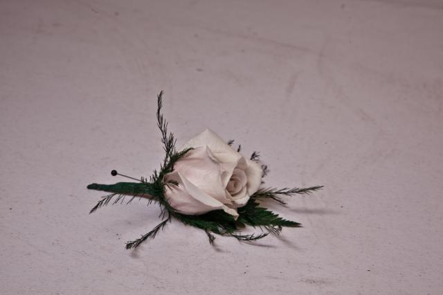 https://0901.nccdn.net/4_2/000/000/008/486/grad-flowers-port-alberni2.jpg