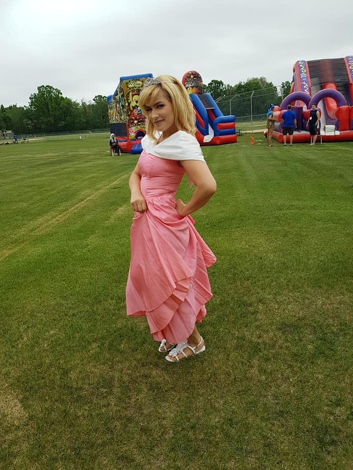 https://0901.nccdn.net/4_2/000/000/008/486/princess-720x960.jpg