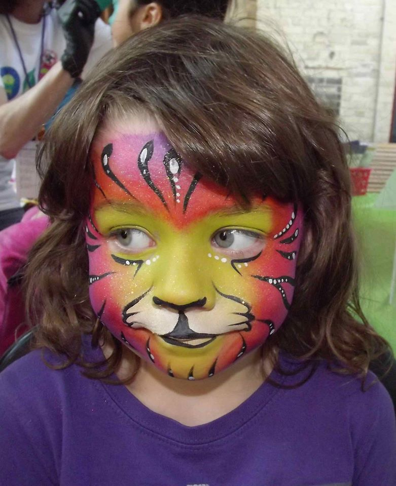https://0901.nccdn.net/4_2/000/000/009/8f5/face-paint-5.jpg
