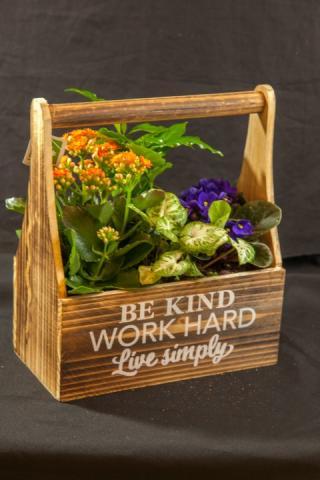 https://0901.nccdn.net/4_2/000/000/009/9dc/lcp-planter-basket-may12-2020-4754.jpg