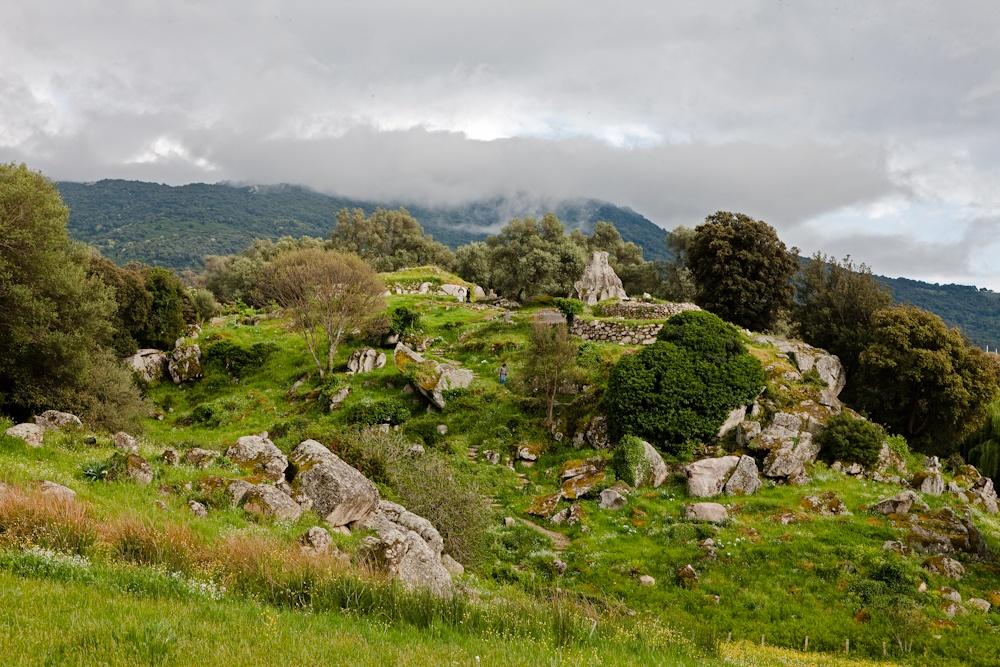 Site mégalithique de  Filitosa mis à jour en  1946 par Charles  Antoine Cesari - Avri  2010