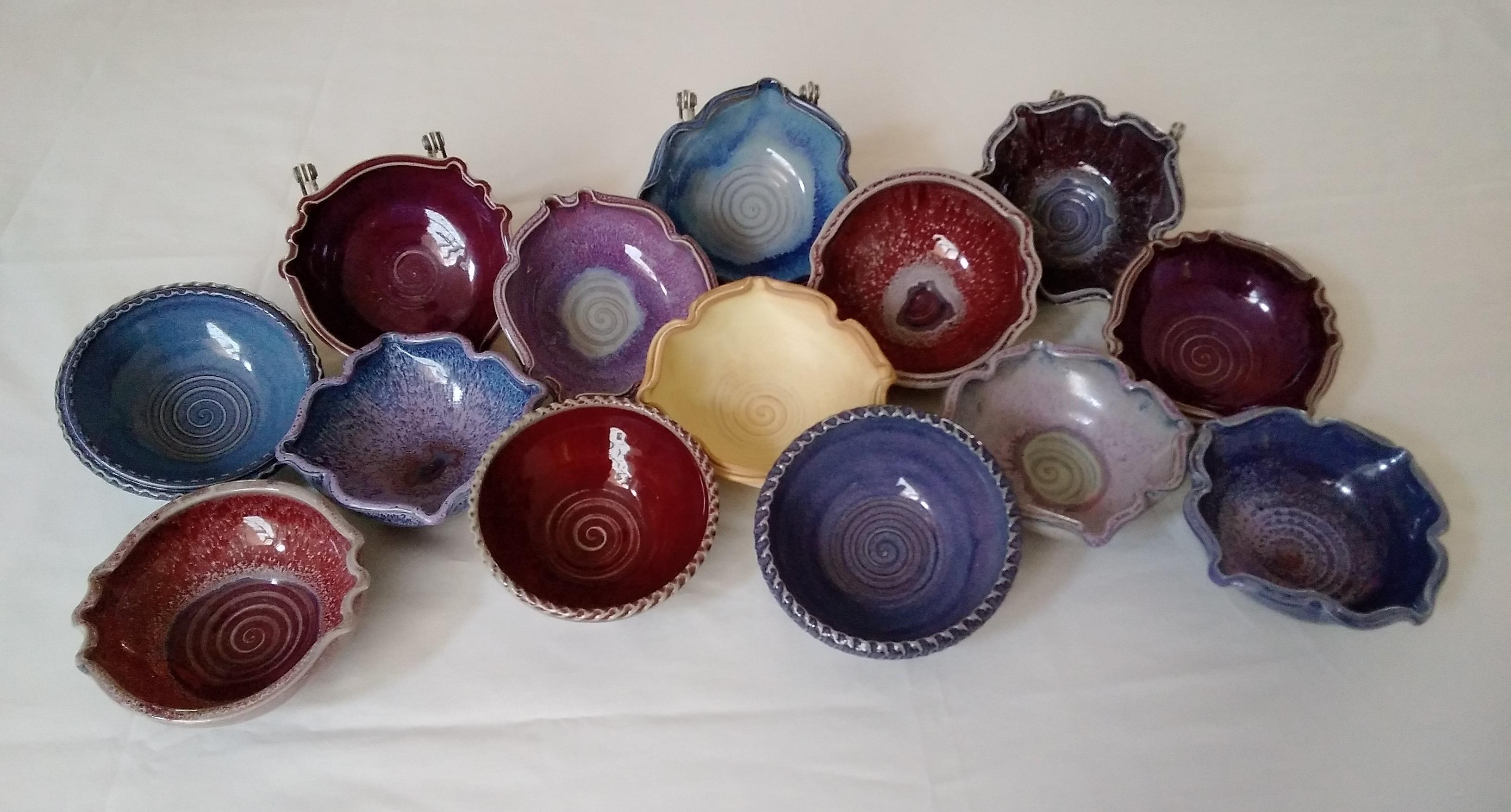 https://0901.nccdn.net/4_2/000/000/00d/f43/bowls7.jpg