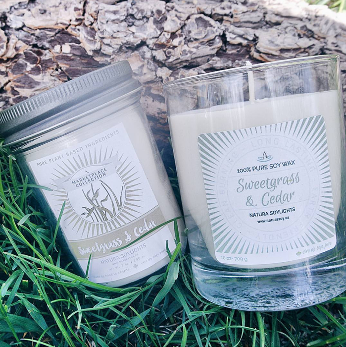Green sweetgrass is blended together with sandalwood and earthy cedar.