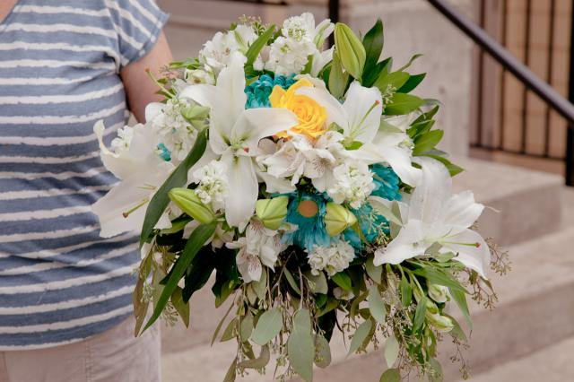 https://0901.nccdn.net/4_2/000/000/00d/f43/wedding_flowers_port_alberni_20161115l.jpg