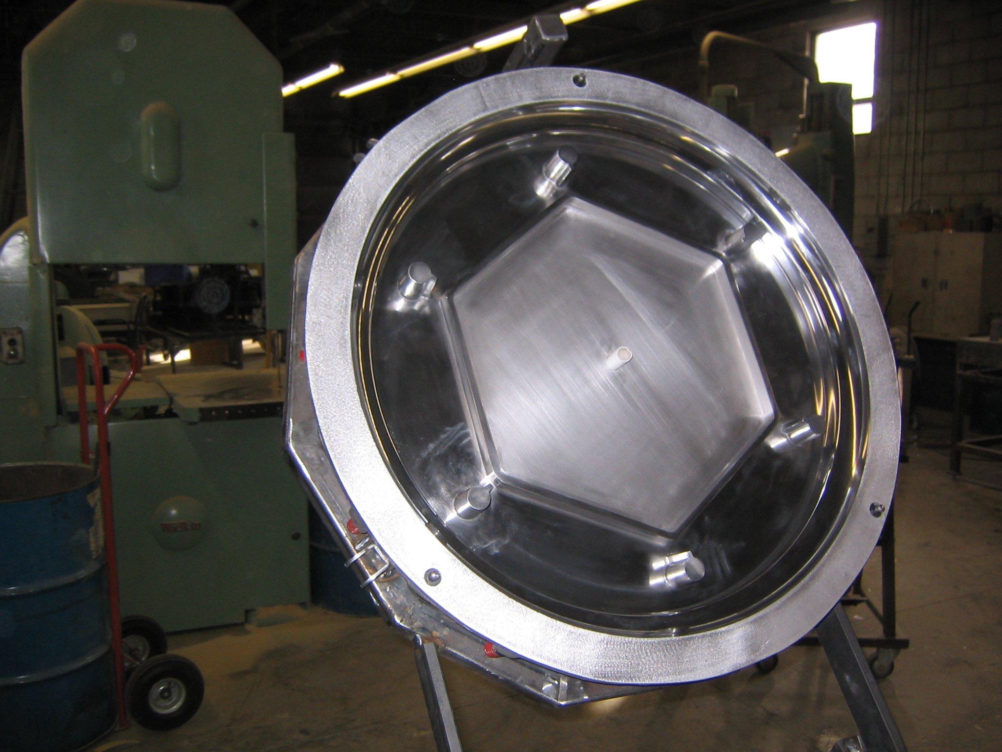 Top Half Polished Aluminum Rotational Mold