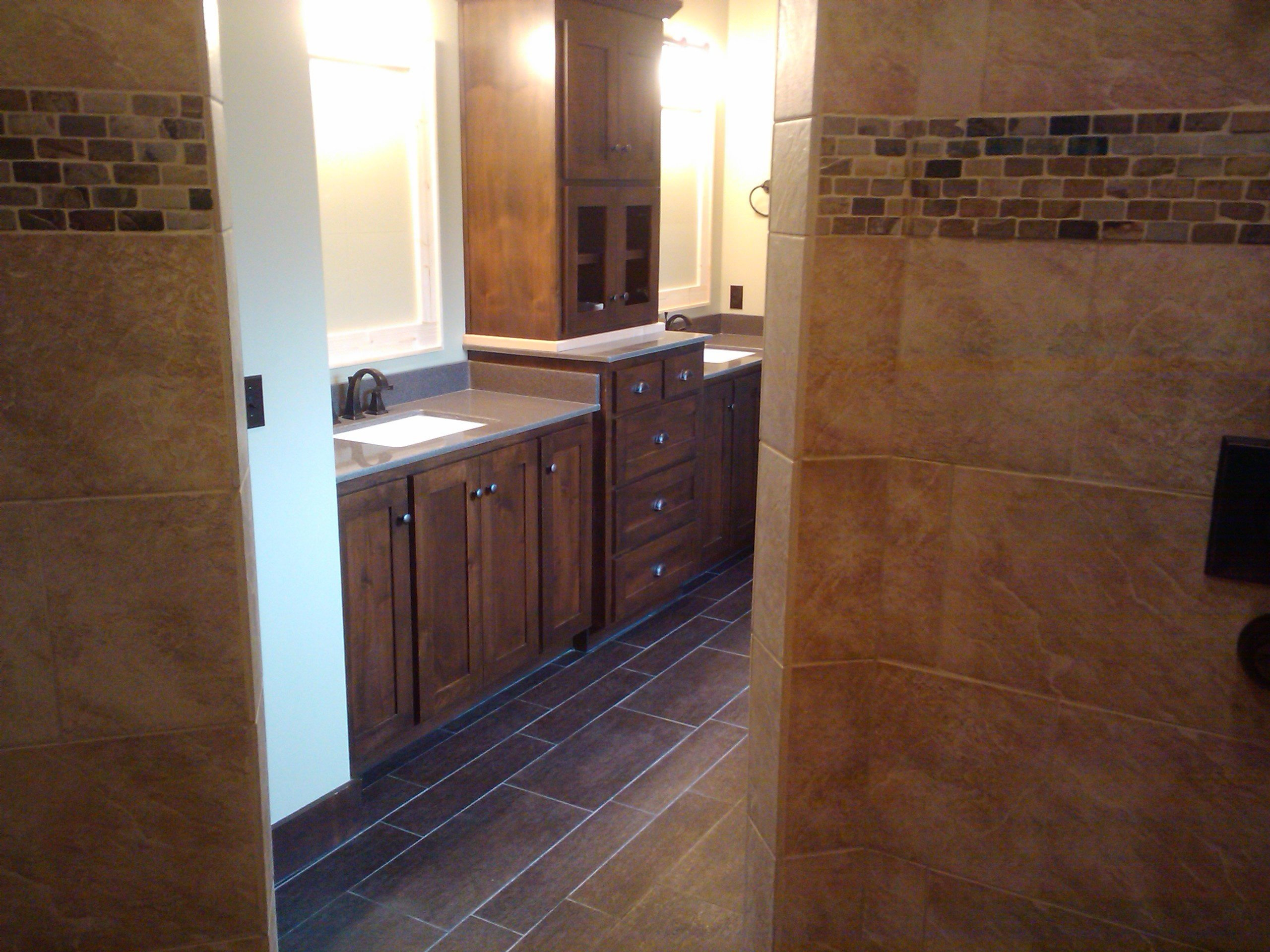 https://0901.nccdn.net/4_2/000/000/011/751/Post-renovation-cleanig-bathroom1236clean-2560x1920.jpg