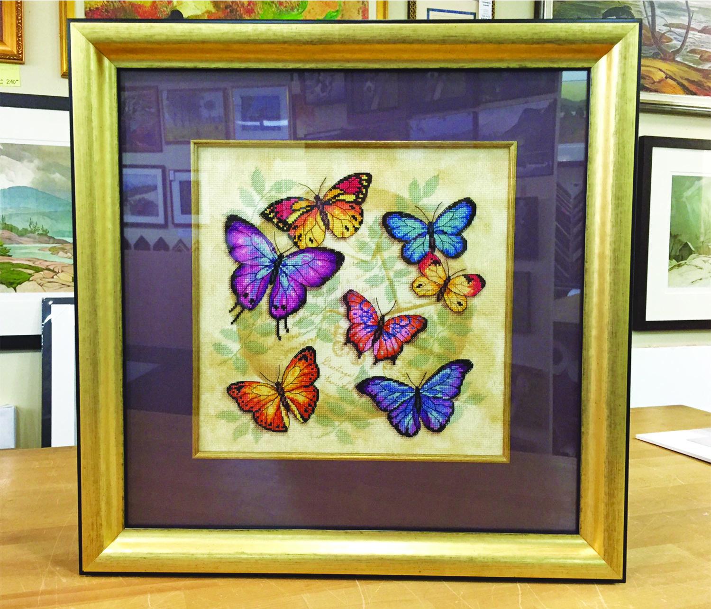 https://0901.nccdn.net/4_2/000/000/011/751/butterflies.jpg