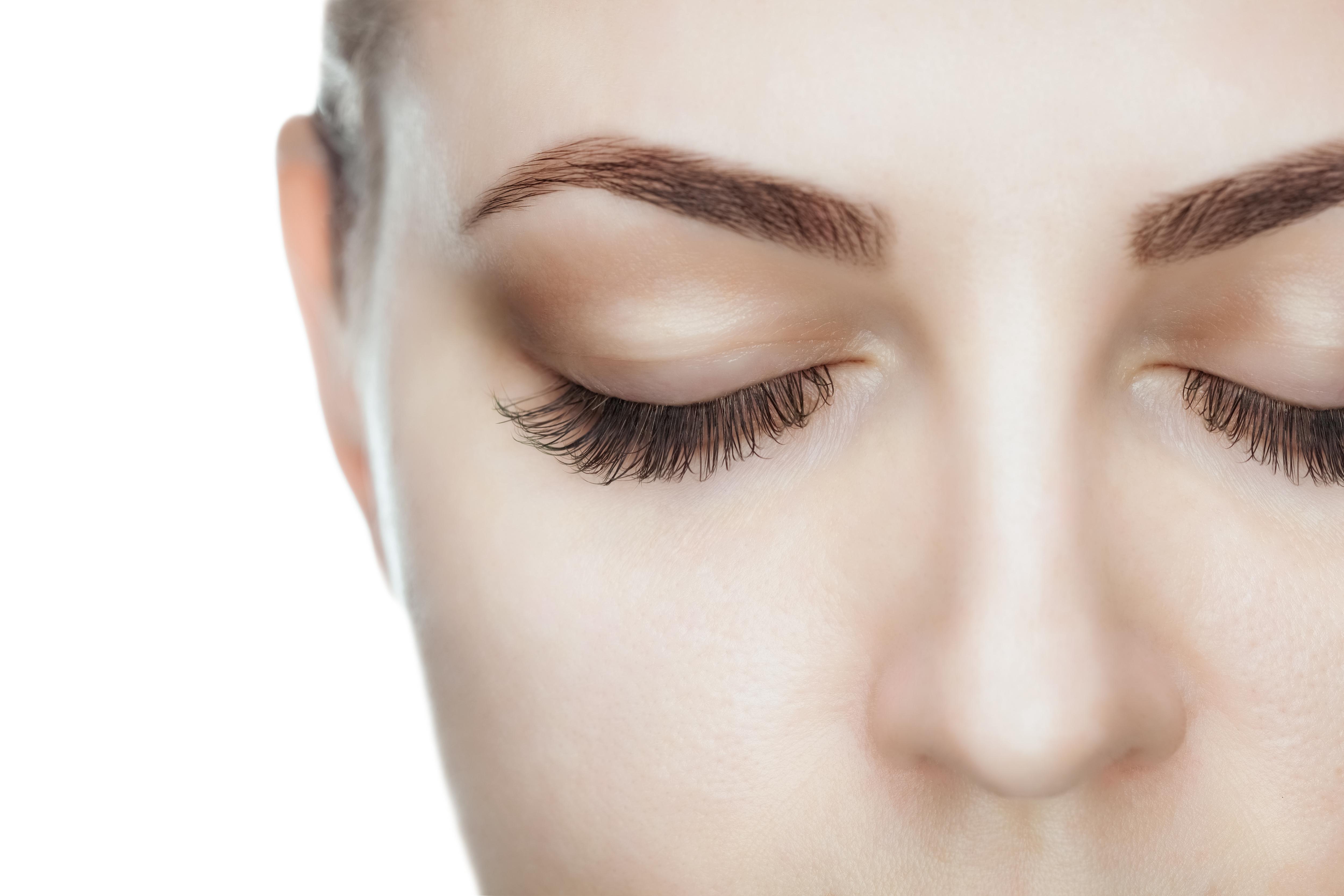 https://0901.nccdn.net/4_2/000/000/017/e75/Canva---Beautiful-Woman-with-long-lashes-in-a-beauty-salon.-5000x3333.jpg