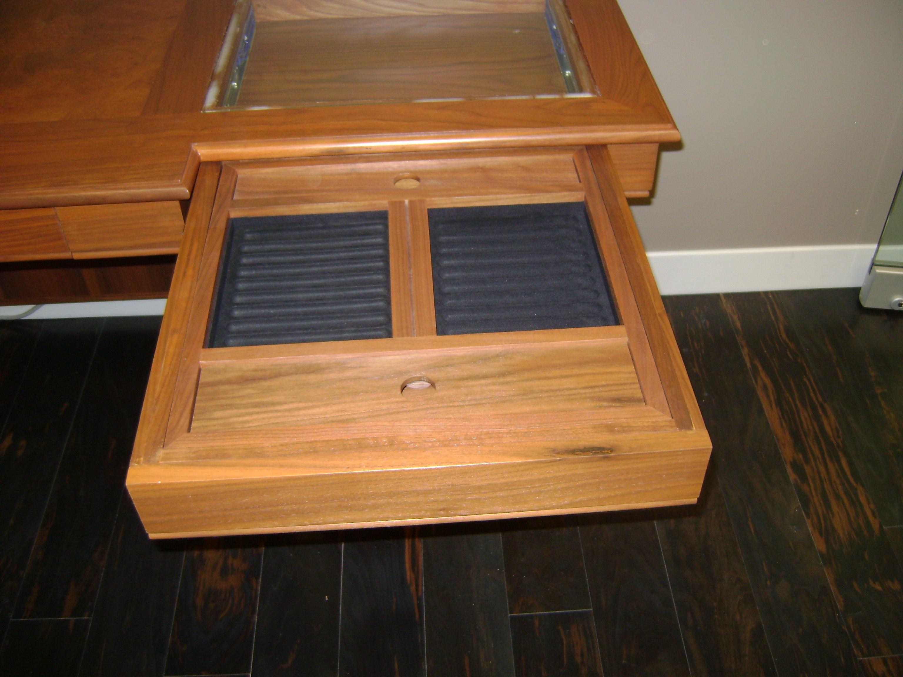 Display Drawer Has GLass Top & Lighting