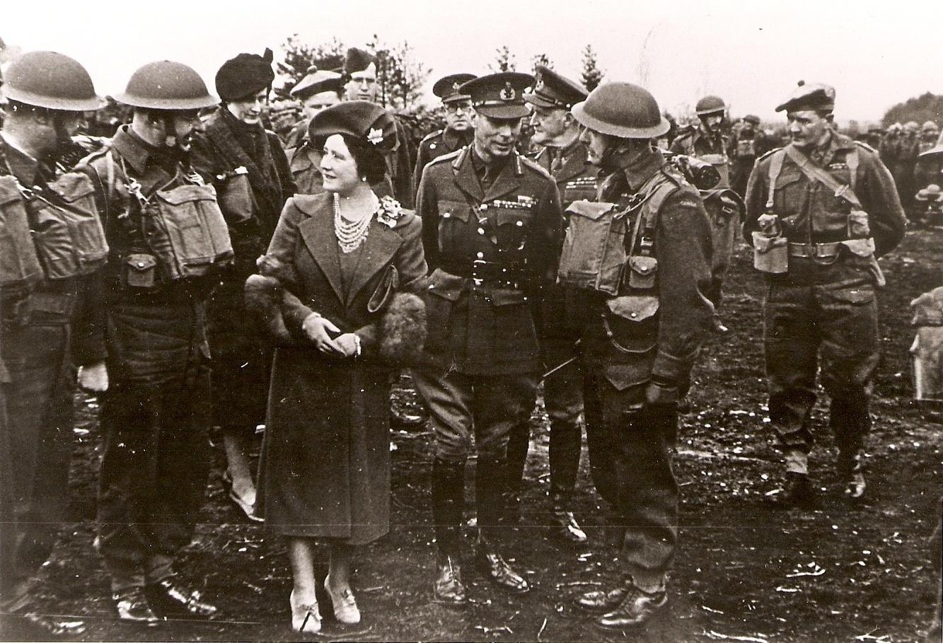 https://0901.nccdn.net/4_2/000/000/017/e75/George-VI----lizabeth--P.Brosseau-England--1942-2-1333x909.jpg
