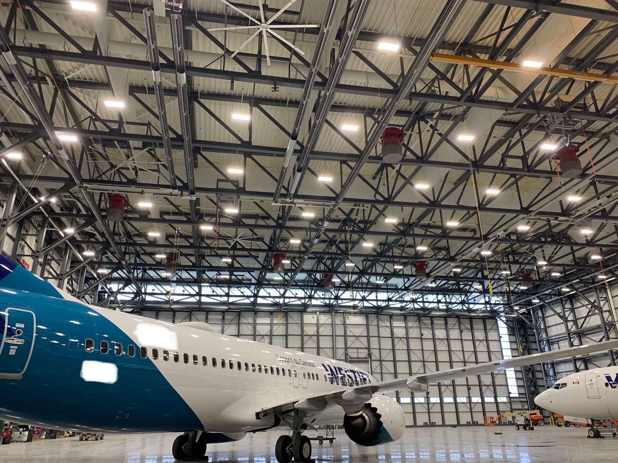 WestJet Wide Body Hangar- Roberts Gordon Fully Modulating, Condensing CORAYVAC Infrared System