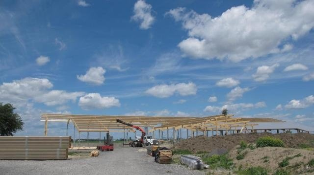 2013 St. Isidore - Building and workshop with solar
