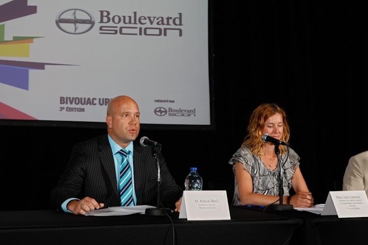 Présentation de  Patrick Baril,  Directeur adjoint,  Boulevard Scion lors  de la Conférence de  presse sur le Bivouac  urbain  Québec 5  juillet 2011  TlX1462