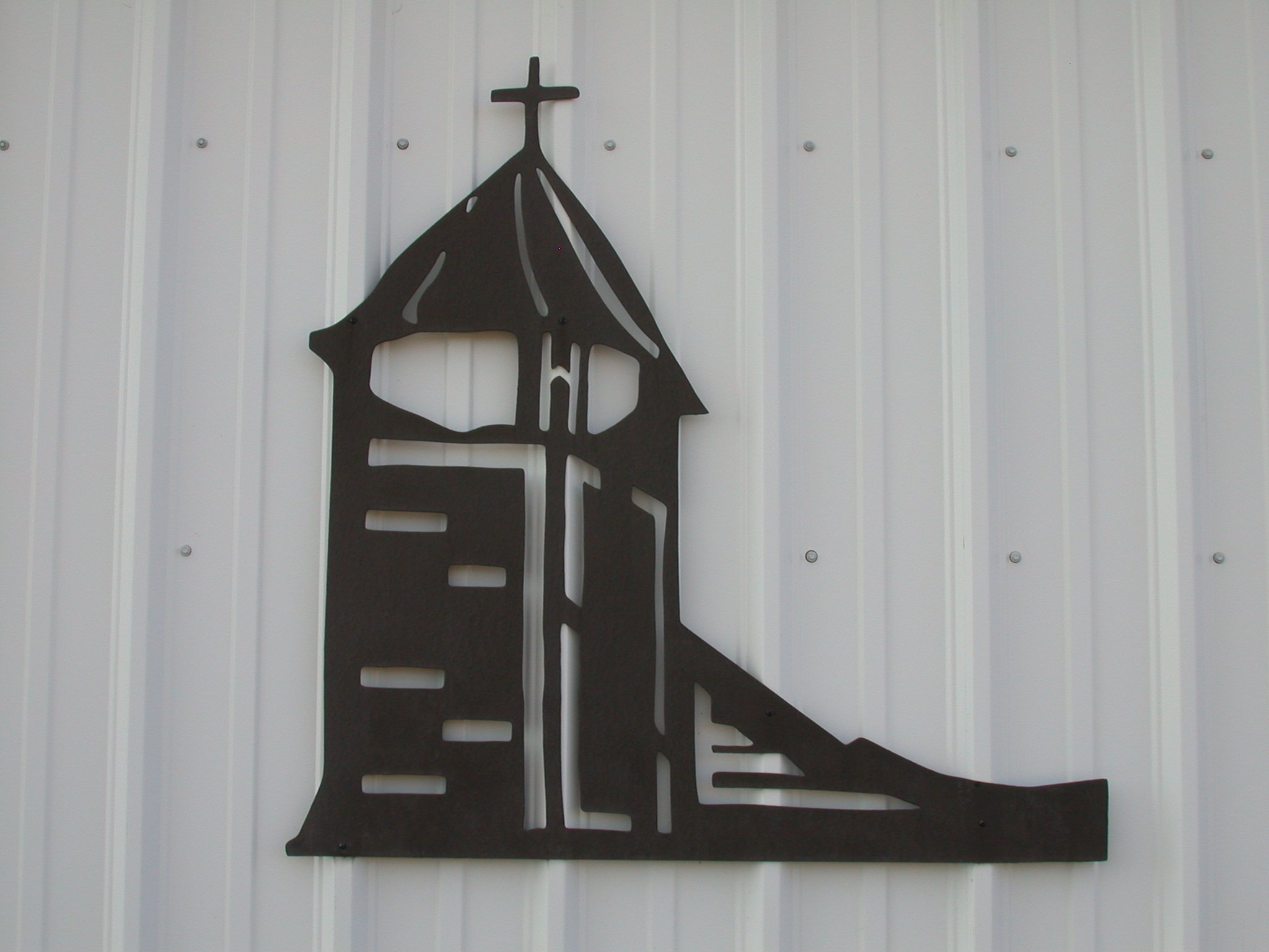 The St. Louis Church indicates the missions (Anglican & Catholic) that followed the Fur Trading settlers.