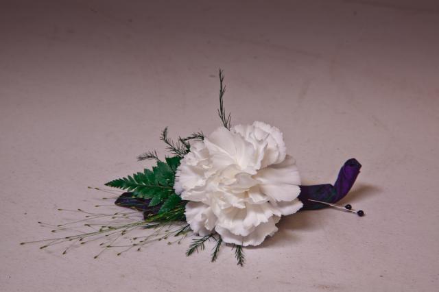 https://0901.nccdn.net/4_2/000/000/017/e75/grad-flowers-port-alberni1.jpg