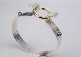 https://0901.nccdn.net/4_2/000/000/017/e75/rsz_bracelet_2_en_1-262x187.jpg