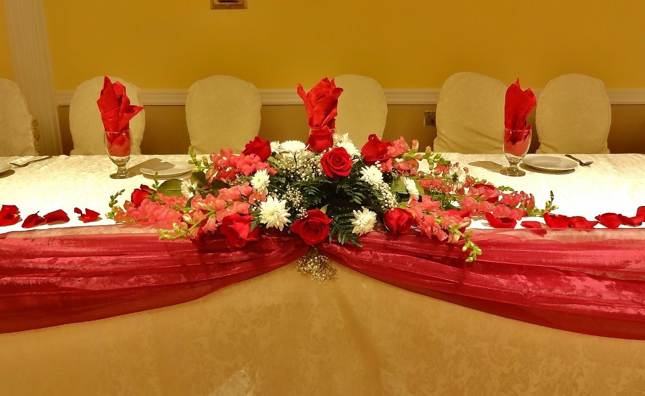 Head Table Fresh Floral