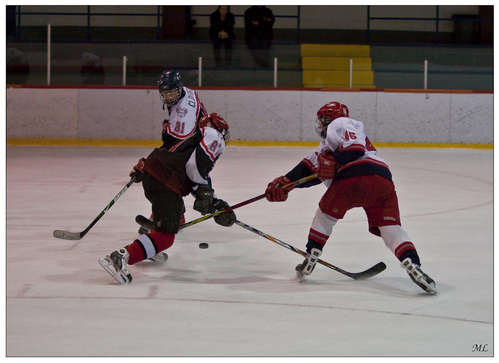 Partie de hockey  locale - Aréna des  deux glaces Saint-  Augustin 2009