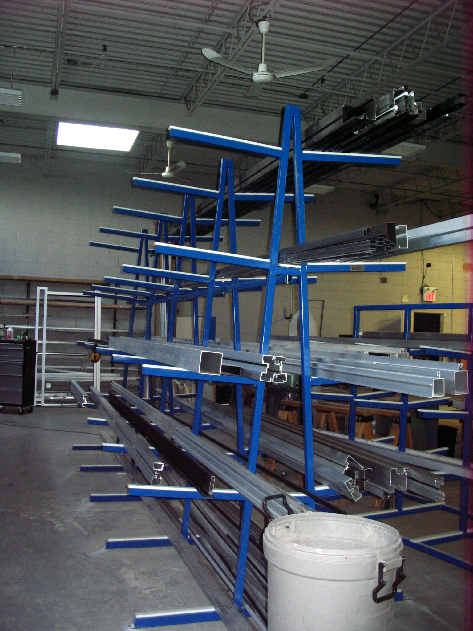 Extrusion Rack Stationary
