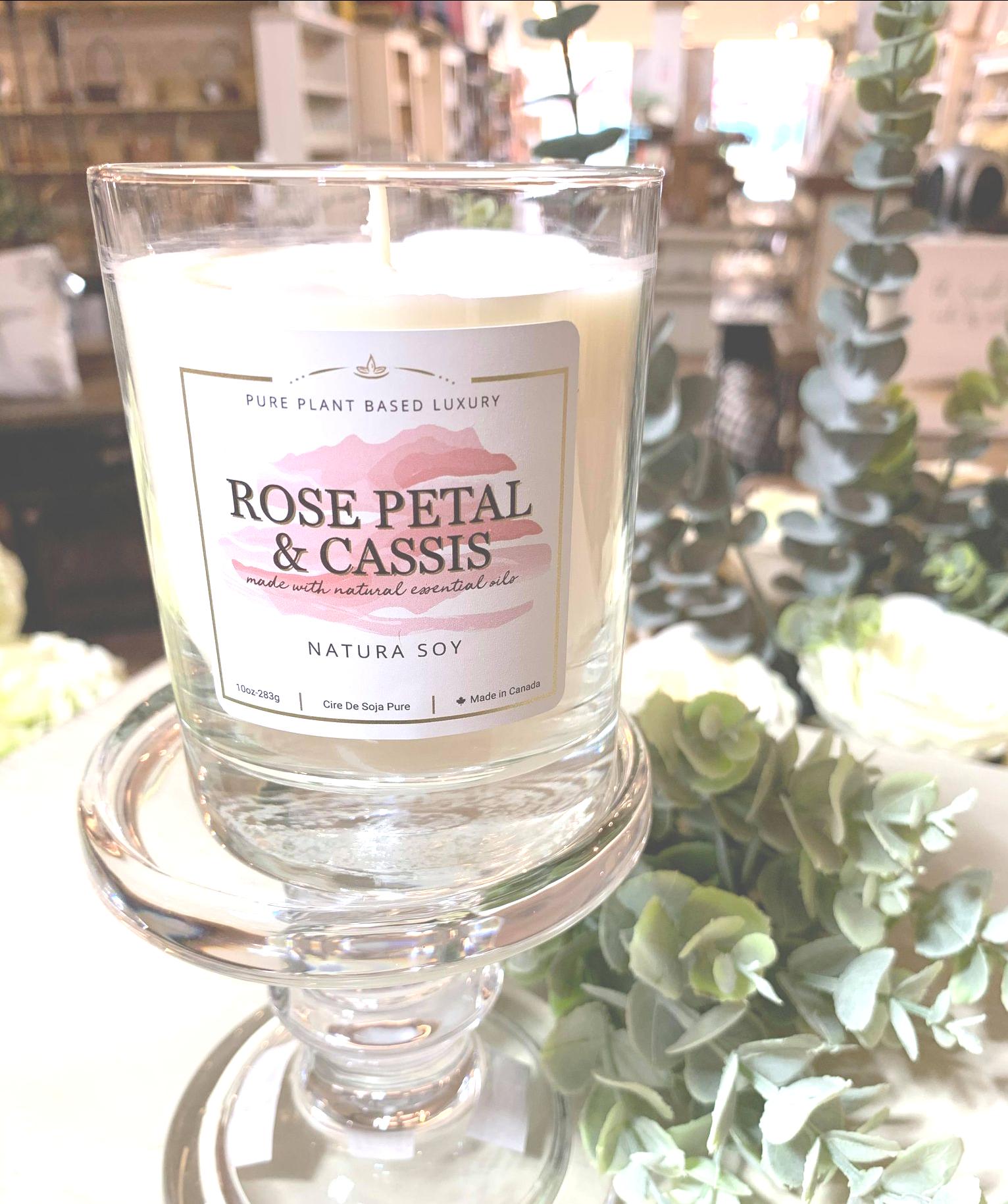 Rose Petal & Cassis Rose Petals, Cassis, English moss, and Cedarwood.