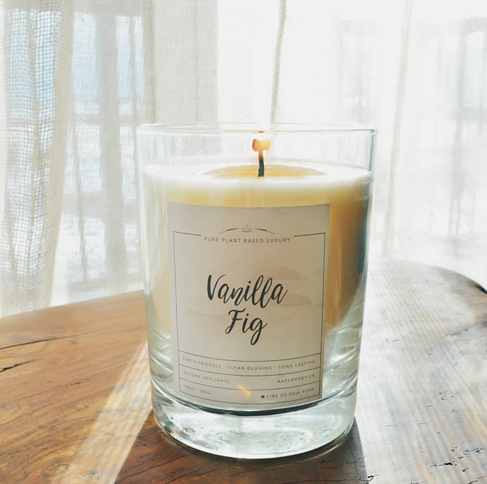 The perfect combination of classic vanilla, orchid petals & earthy fig.