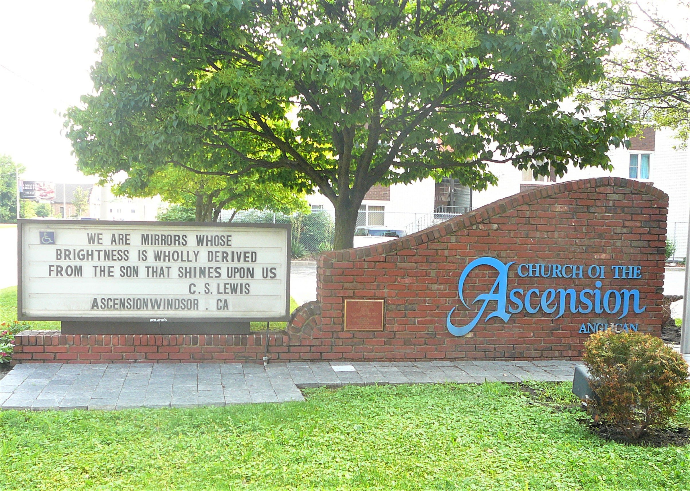 https://0901.nccdn.net/4_2/000/000/023/130/Ascension-sign---facing-east.jpg