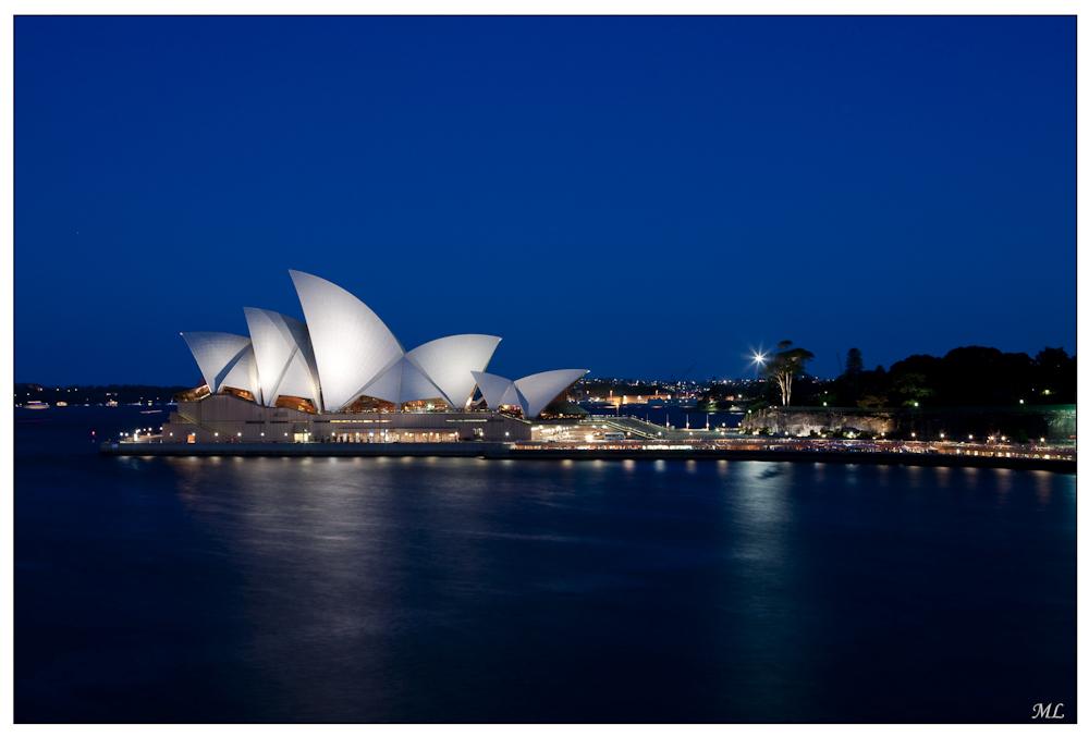 Opera House de  Sydney à l'heure  bleue  Février 2010