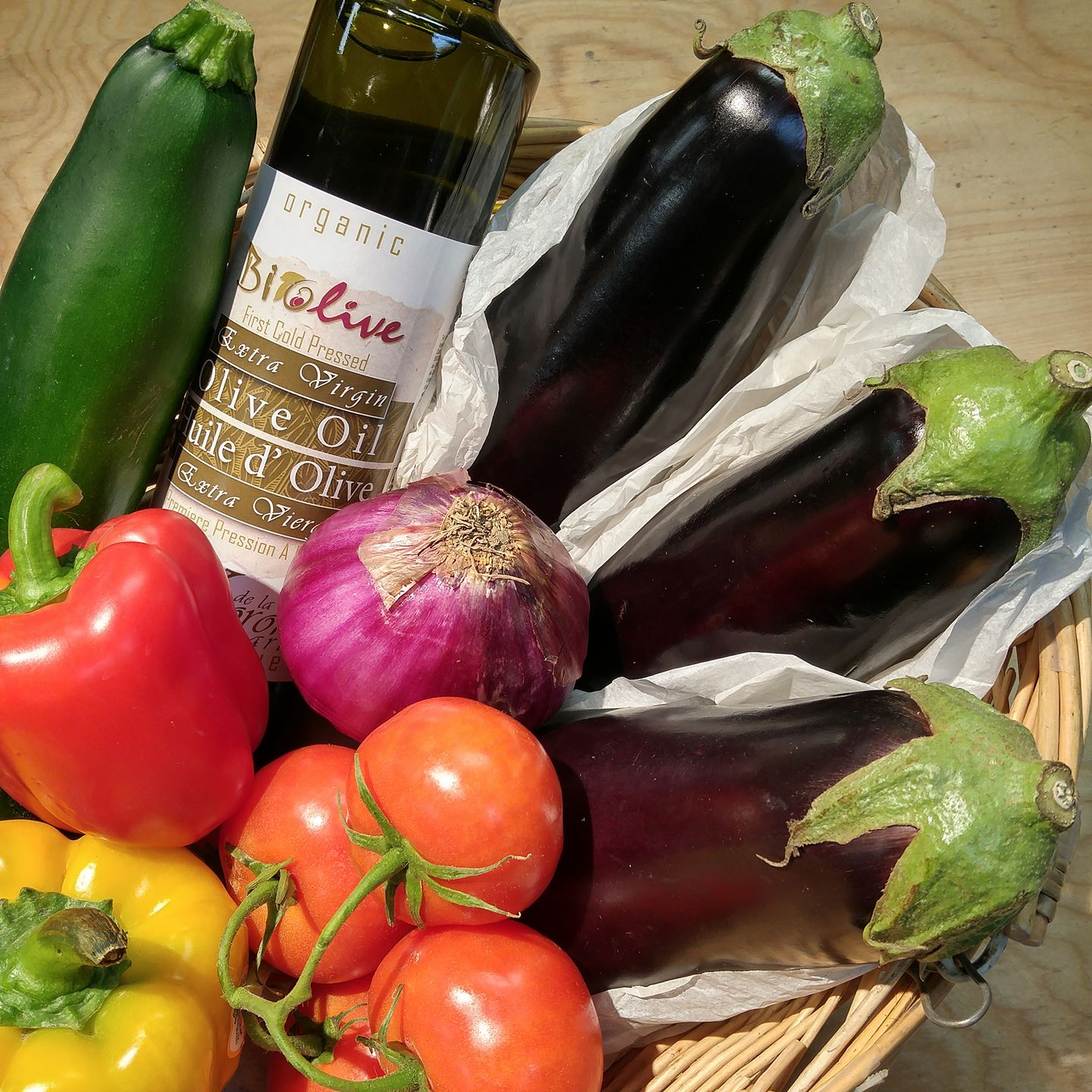 https://0901.nccdn.net/4_2/000/000/023/130/oil-produce-aubergine.jpg