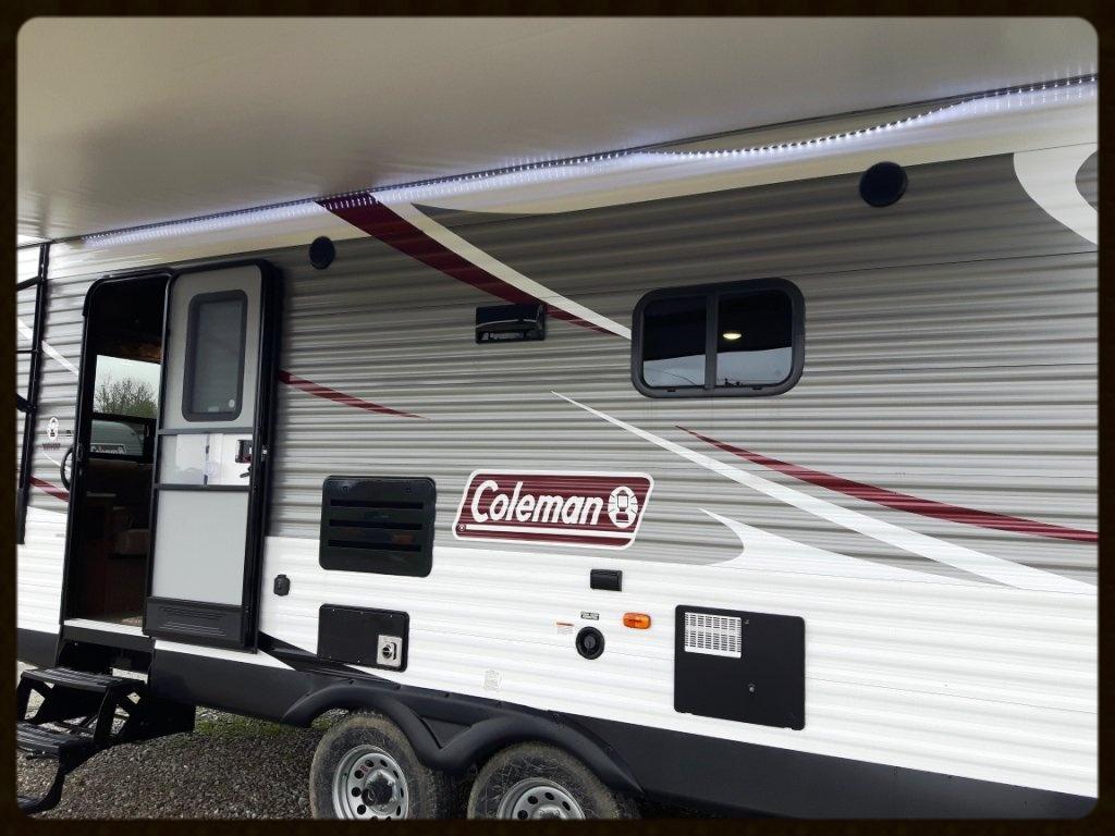 Coleman 280RL exterior