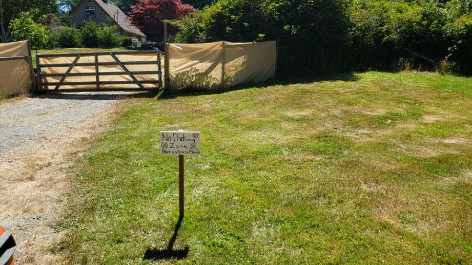 No Parking on Grass