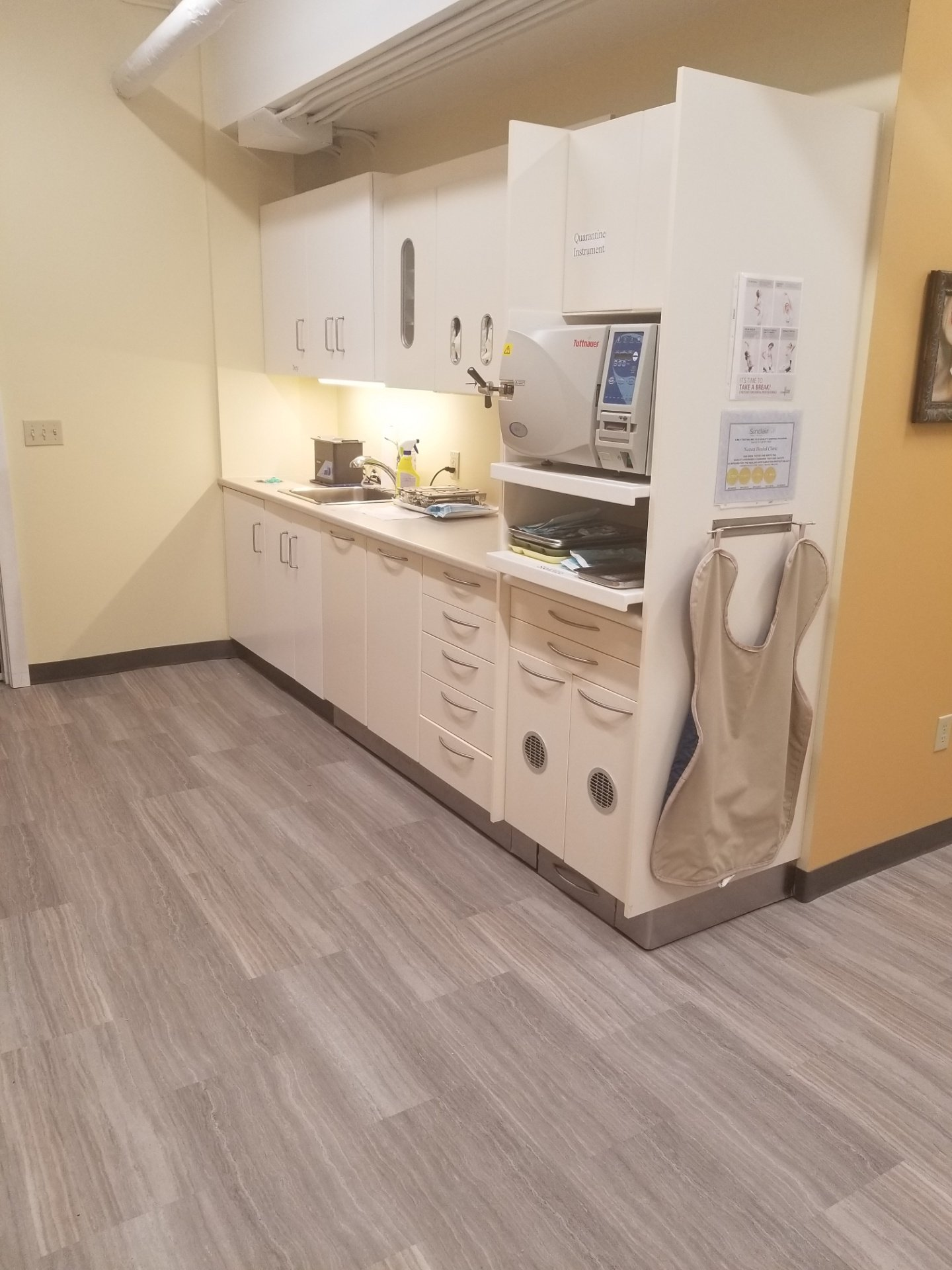 Sterilisation area/ Centre de Strérilisation