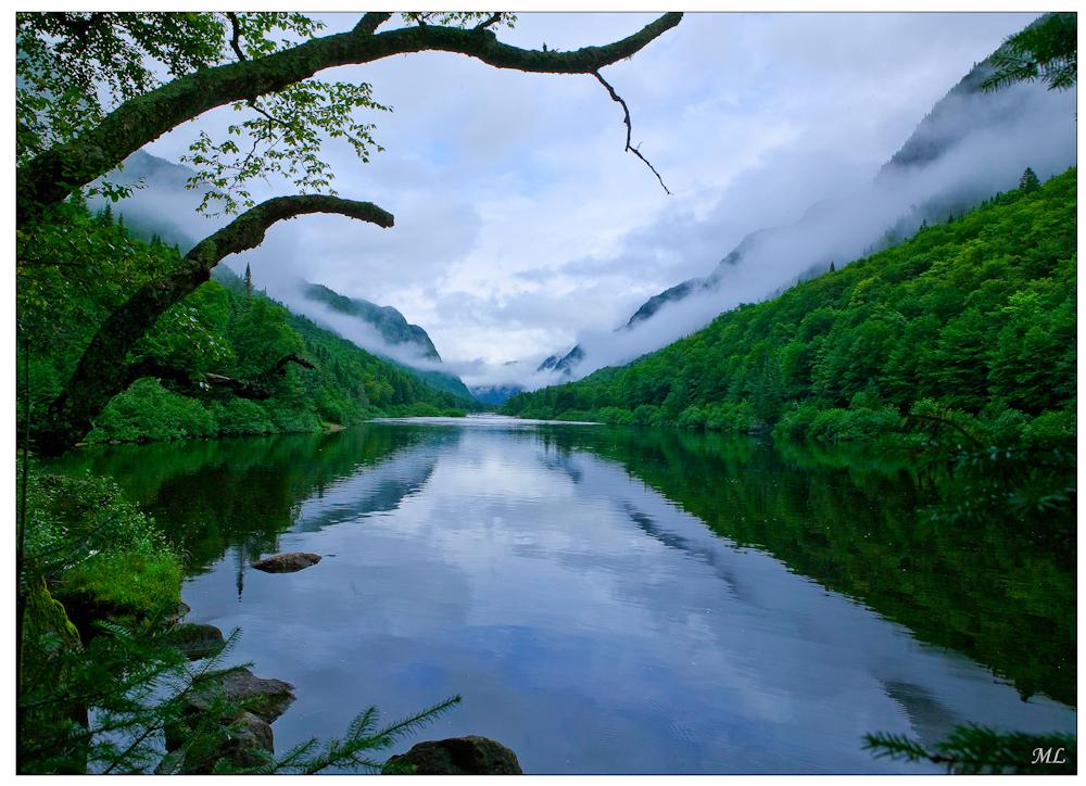 Vallée de la rivière  Jacques-Cartier -  Québec  - Eté 2008