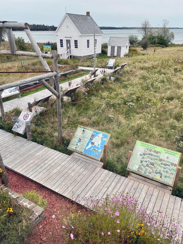 https://0901.nccdn.net/4_2/000/000/038/2d3/6-outdoor-exhibits-1st-link-a-walk-through-time-boardwalk-exhibi.jpg