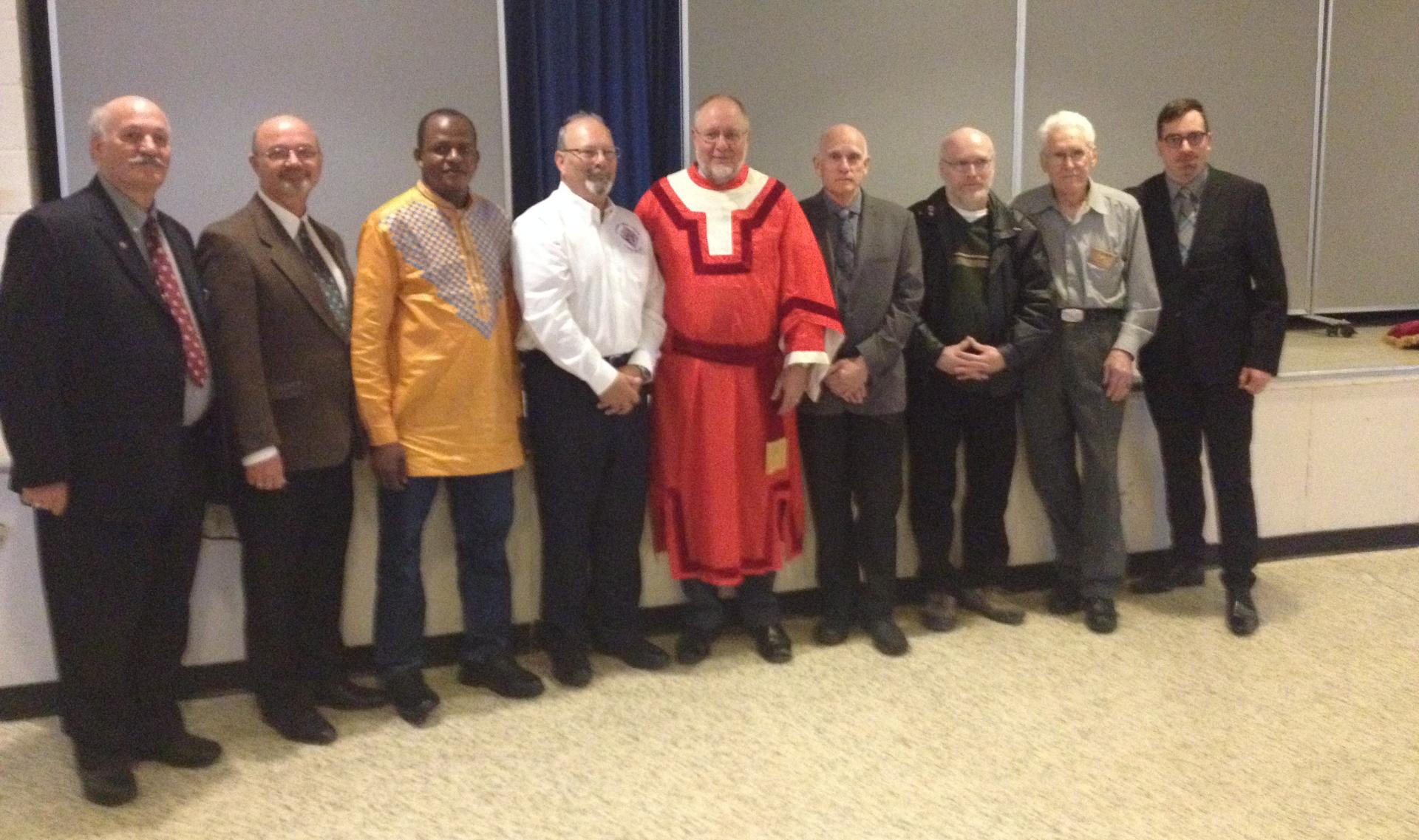 initiation au 3e degré des Chevaliers de Colomb le 1er mai 2016.  Nous avions 6  nouveaux membres (un absent sur la photo).
