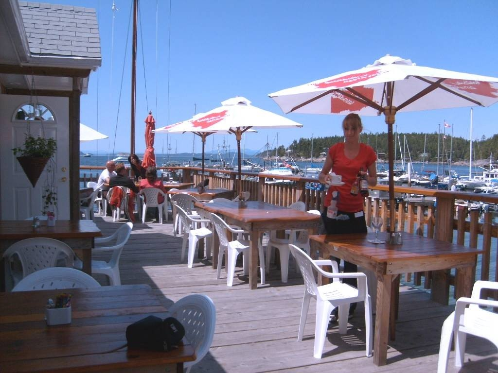 https://0901.nccdn.net/4_2/000/000/038/2d3/Boardwalk-Restaurant-Lund-BC-1024x768.jpg
