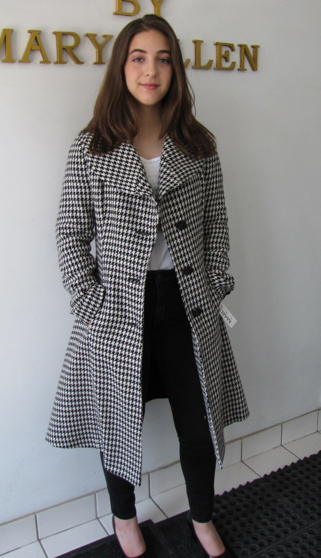 Style # B6497-17 Houndstooth  100% Pure Virgin Wool