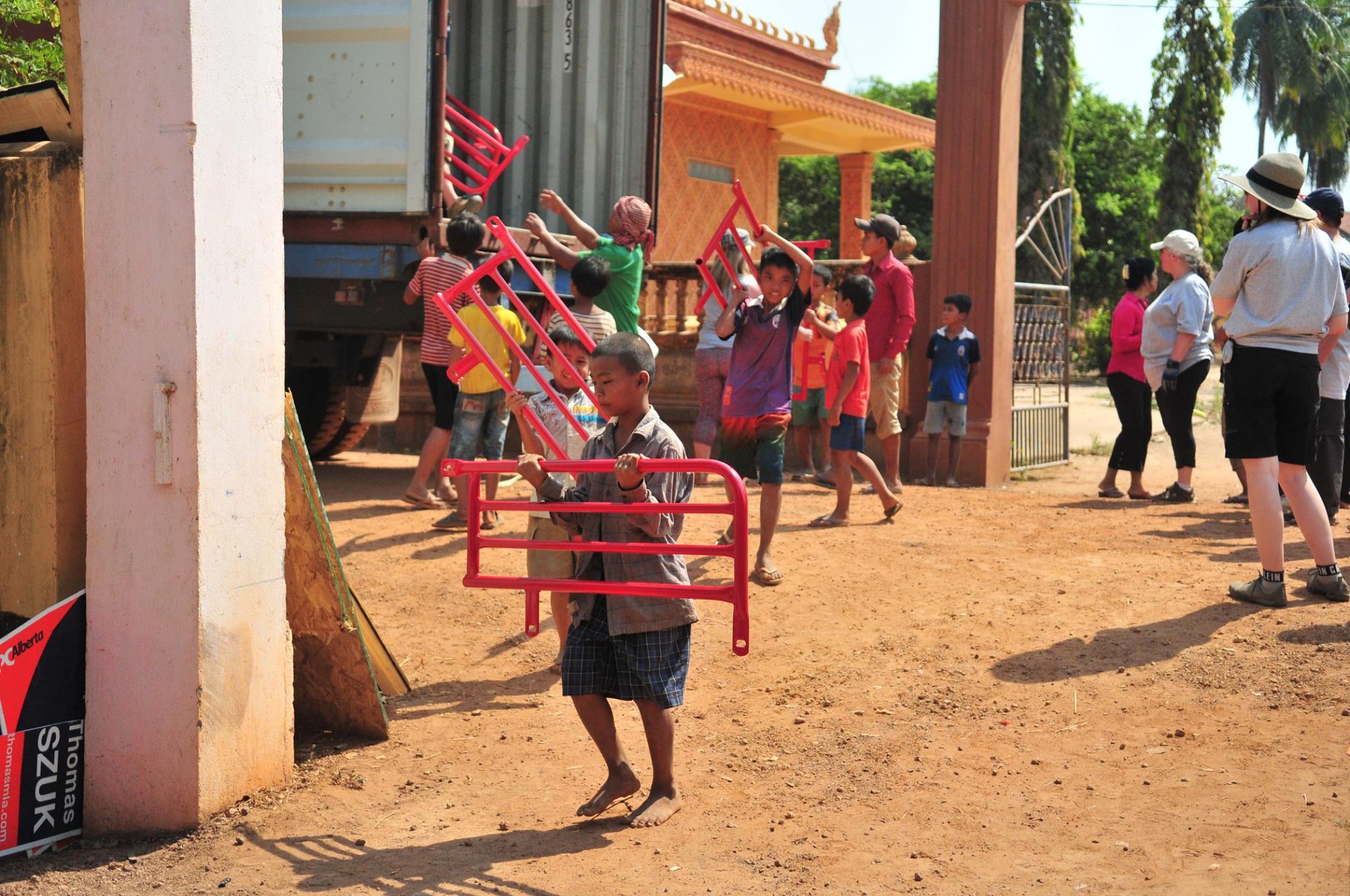 https://0901.nccdn.net/4_2/000/000/038/2d3/cambodia12.jpg