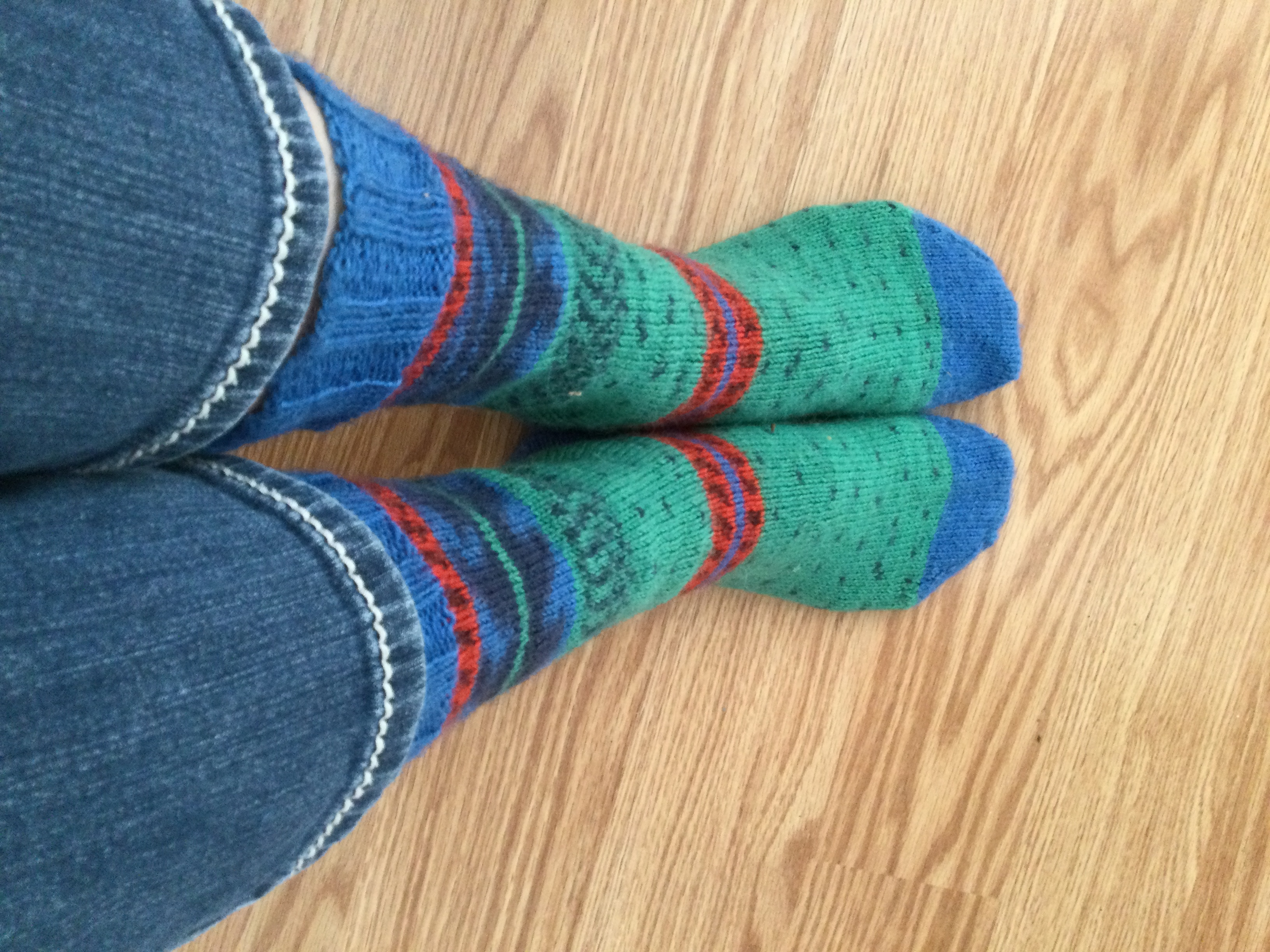 Shelley finished her amazing pair of socks.