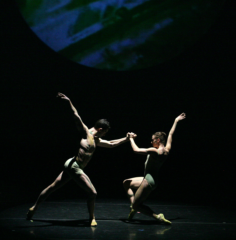 https://0901.nccdn.net/4_2/000/000/038/2d3/joni-ballet2.jpg
