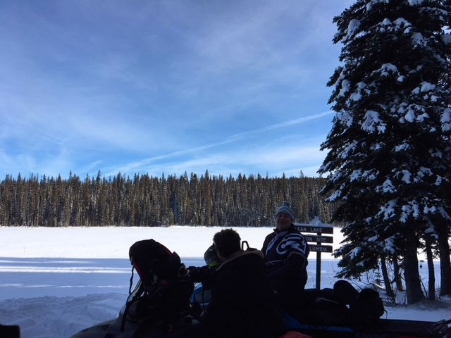 https://0901.nccdn.net/4_2/000/000/038/2d3/sled-and-lake-winter-640x480.jpg