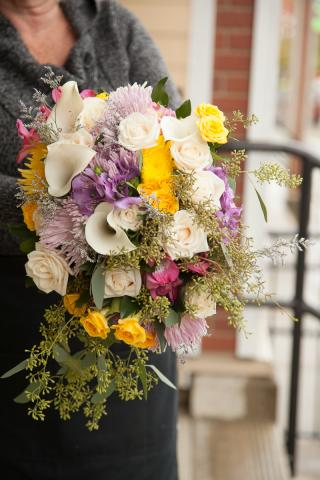 https://0901.nccdn.net/4_2/000/000/038/2d3/wedding_flowers_port_alberni_20161115g.jpg