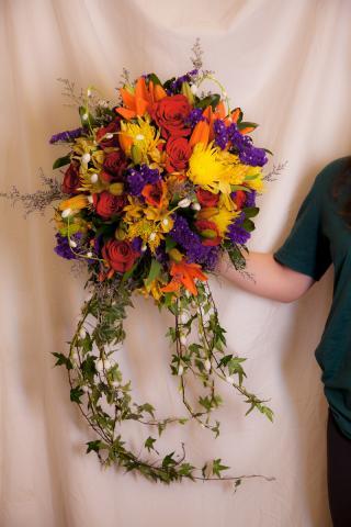https://0901.nccdn.net/4_2/000/000/038/2d3/weddingb1.jpg