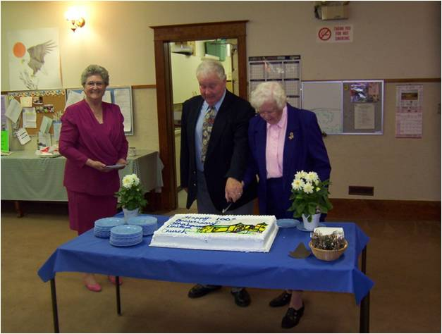 https://0901.nccdn.net/4_2/000/000/03f/ac7/100th-Congregational-Cake.jpg