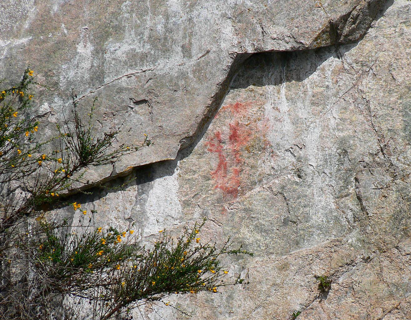https://0901.nccdn.net/4_2/000/000/03f/ac7/Petroglyphs1-1314x1024.jpg