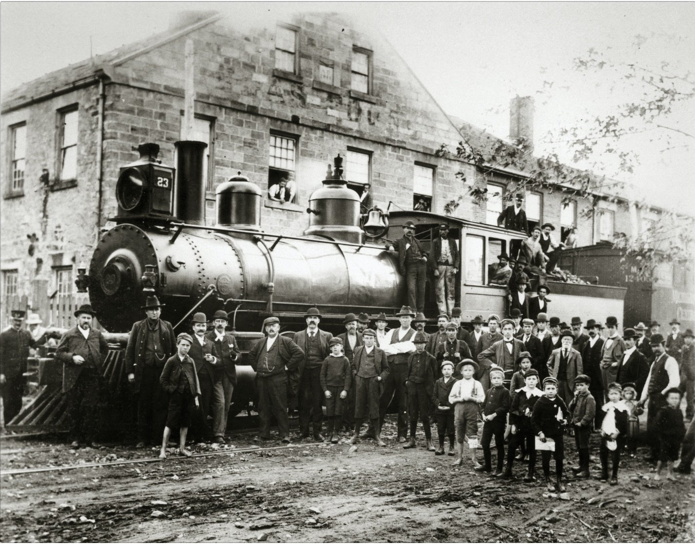 Locomotive outside  64 Hatt Street, Dundas