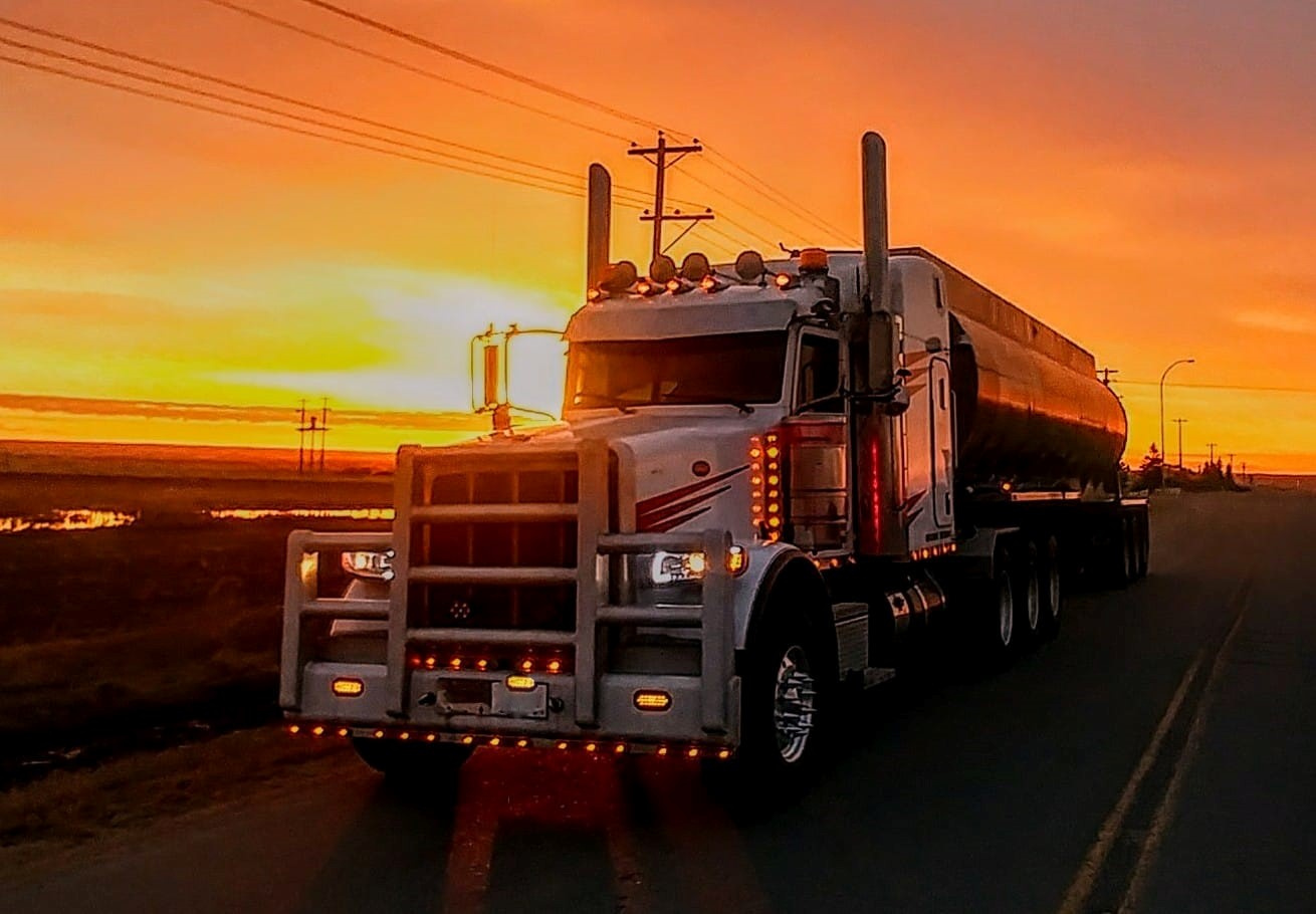 https://0901.nccdn.net/4_2/000/000/03f/ac7/Unit-75-at-sunset--edit-1310x910.jpg