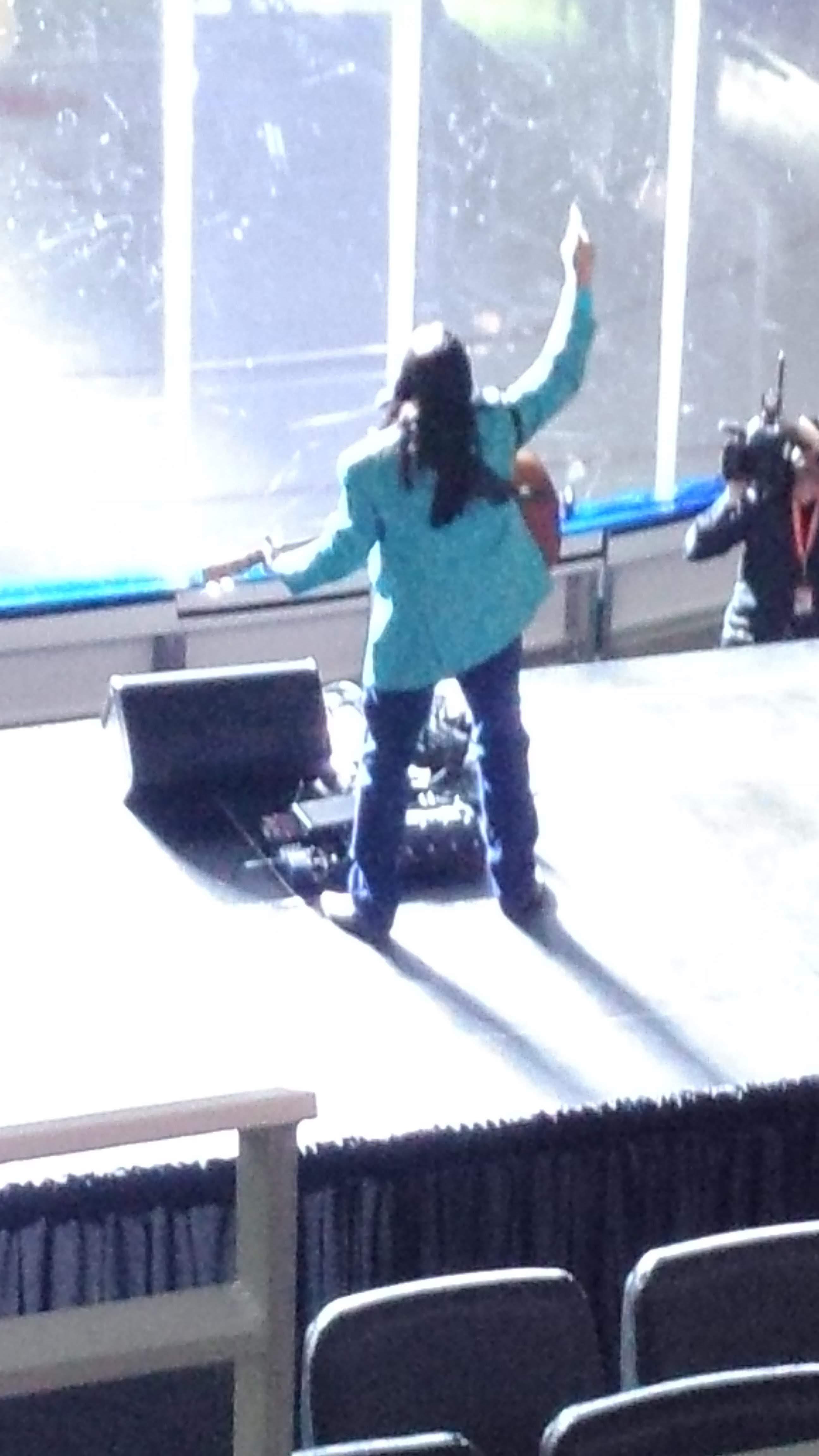 Emo LeBlanc on Stage