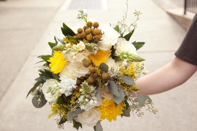 https://0901.nccdn.net/4_2/000/000/03f/ac7/wedding_flowers_pa14e.jpg